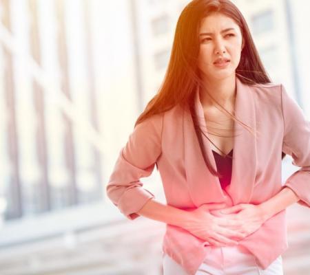 ovarian cysts woman pain